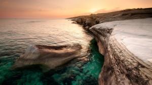 640-cypr-morze-srodziemne-skaly